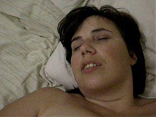 British Milf masturbates her hairy cunt