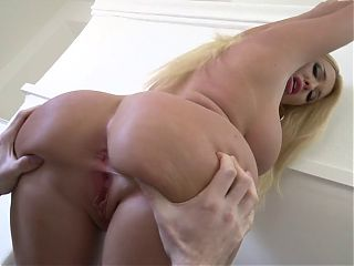 Sexy Blonde MILF Gets Fucked and a Facial
