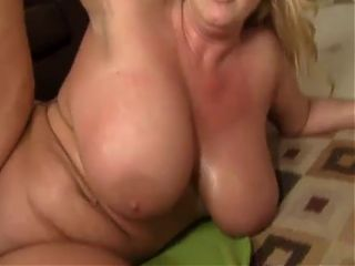thick milf zoey andrews