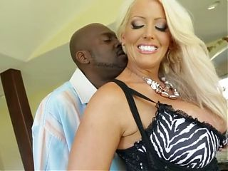 THICK SEXY M.I.L.F. LOVES BBC!!! (Great Scene)